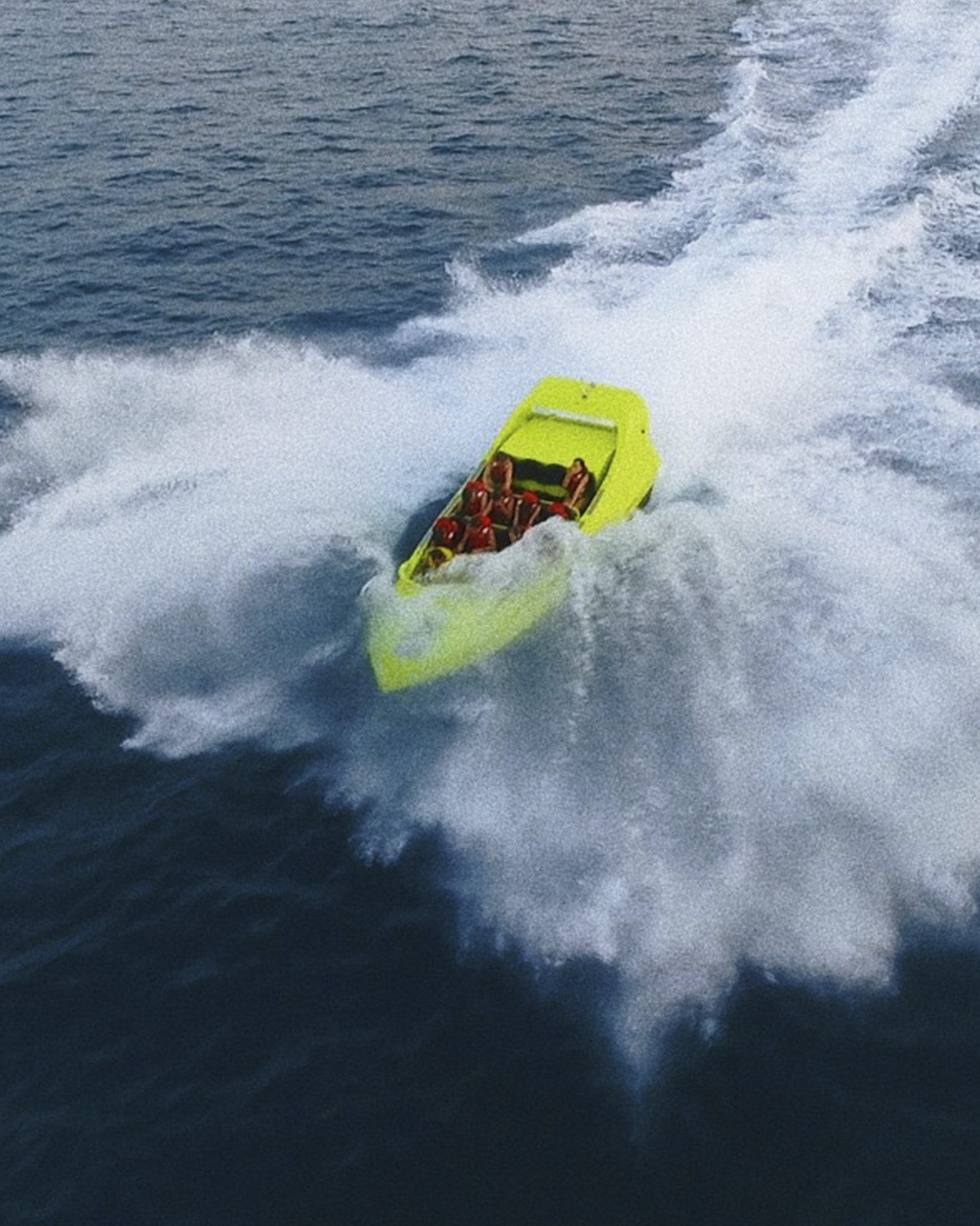 Jet_boat_chicken_water_sports_five_star