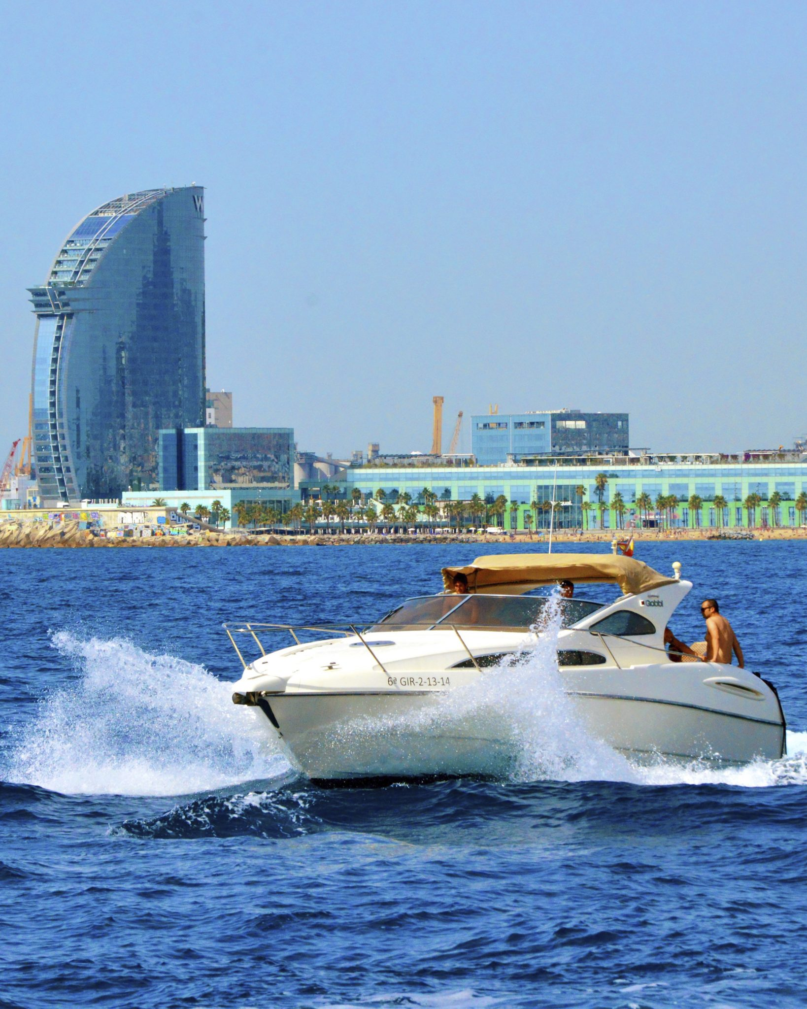 yacht_barcelona_all_year